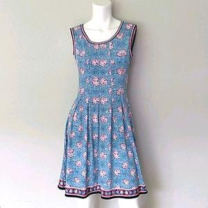 Max Studio Sleeveless Dress. Size Medium
